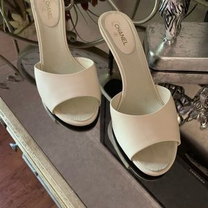 CHANEL Shoes - Chanel Cc Off White Slides Sandals 38.5